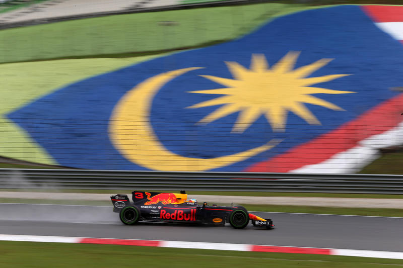 F1 GP Malesia: Qualifiche in Diretta (Live e Foto)