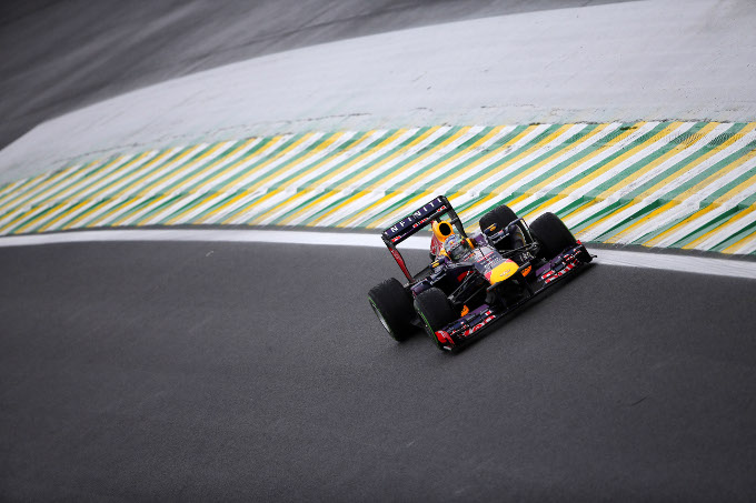 F1 GP Brasile: la gara in diretta. Giro 71: Vettel vince davanti a Webber e Alonso