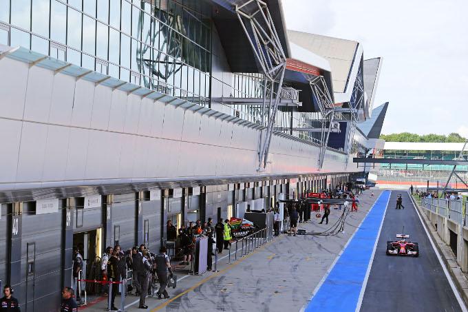Test F1 Silverstone: seconda giornata in Diretta (Foto e Live)