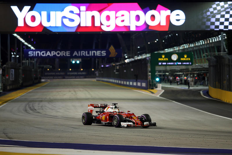F1 GP Singapore: Qualifiche in Diretta (Live e Foto)