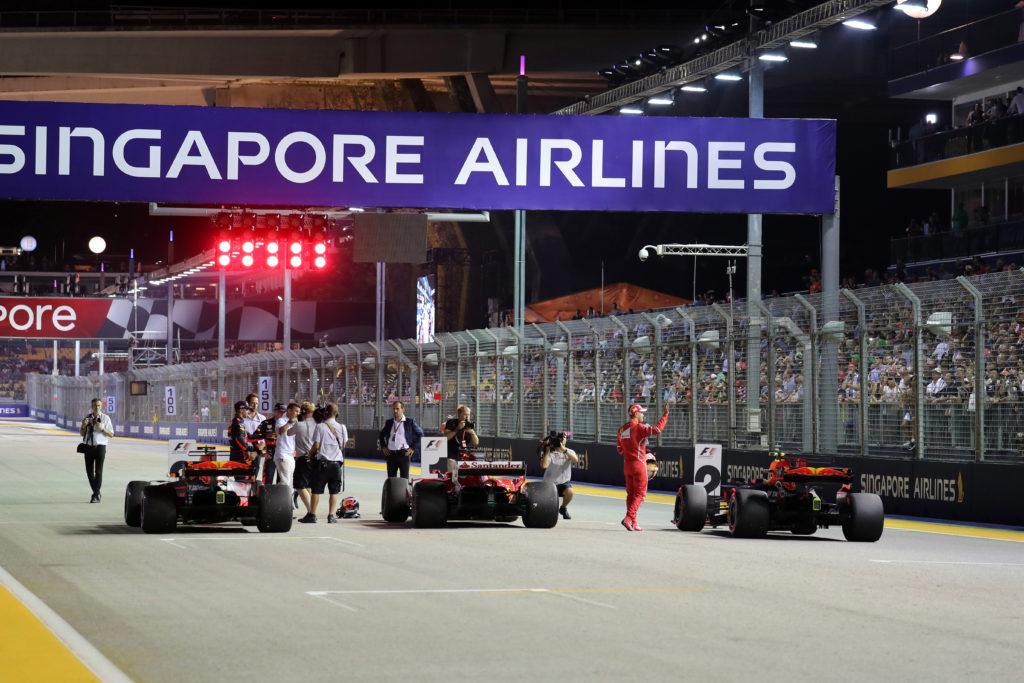 F1 GP Singapore: La Gara in Diretta (Live e Foto)