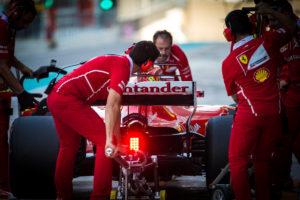 F1 Test Abu Dhabi: La Seconda Giornata in Diretta (Live e Foto)
