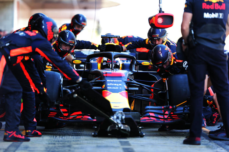 Test F1 Barcellona 2018, Sessione 2: La Terza Giornata in Diretta (Live e Foto)
