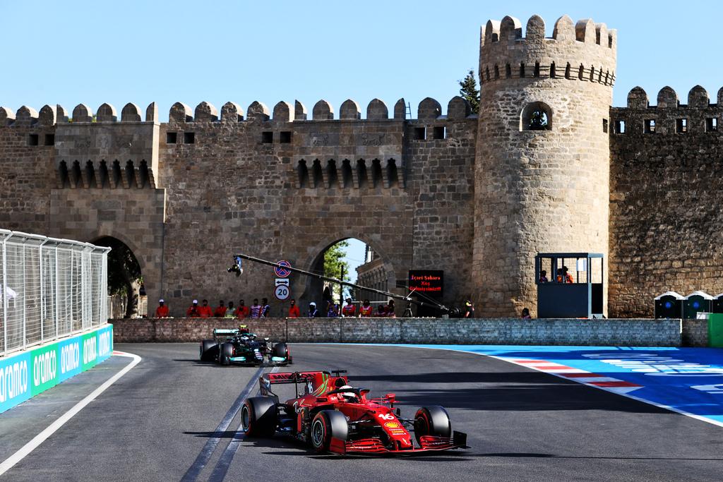 F1 | GP Baku: la Gara in DIRETTA (live e foto)