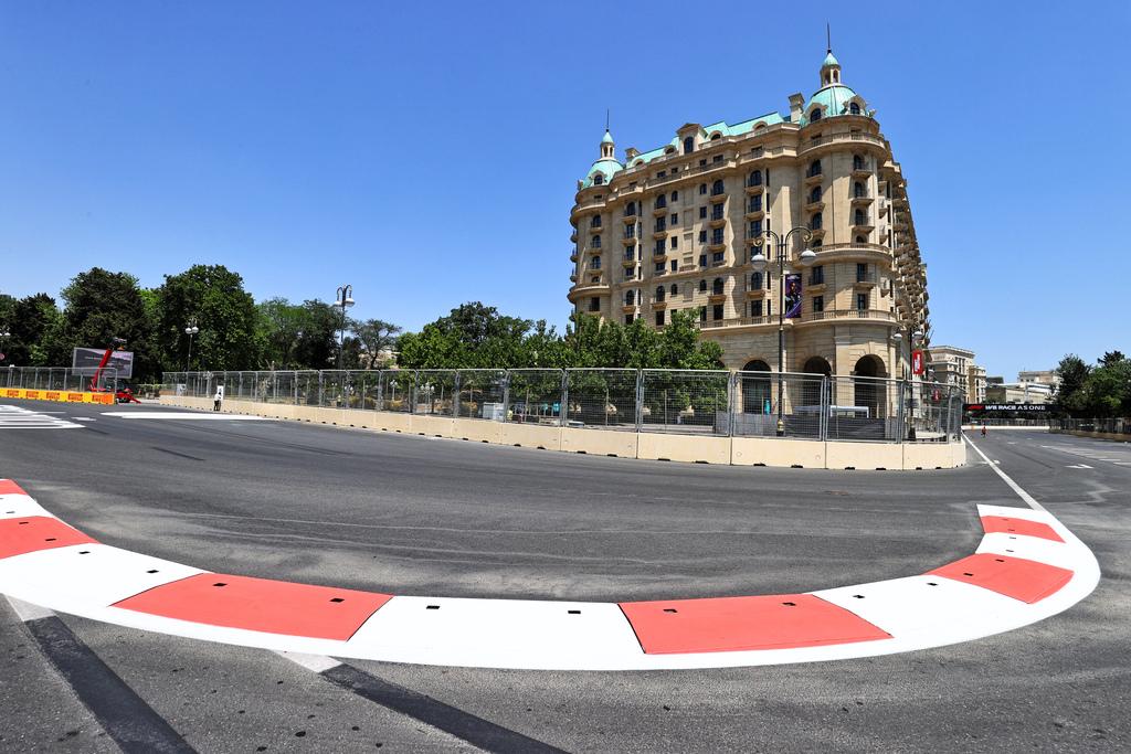 F1 | GP Azerbaijan: Prove Libere 1 in DIRETTA (live e foto)
