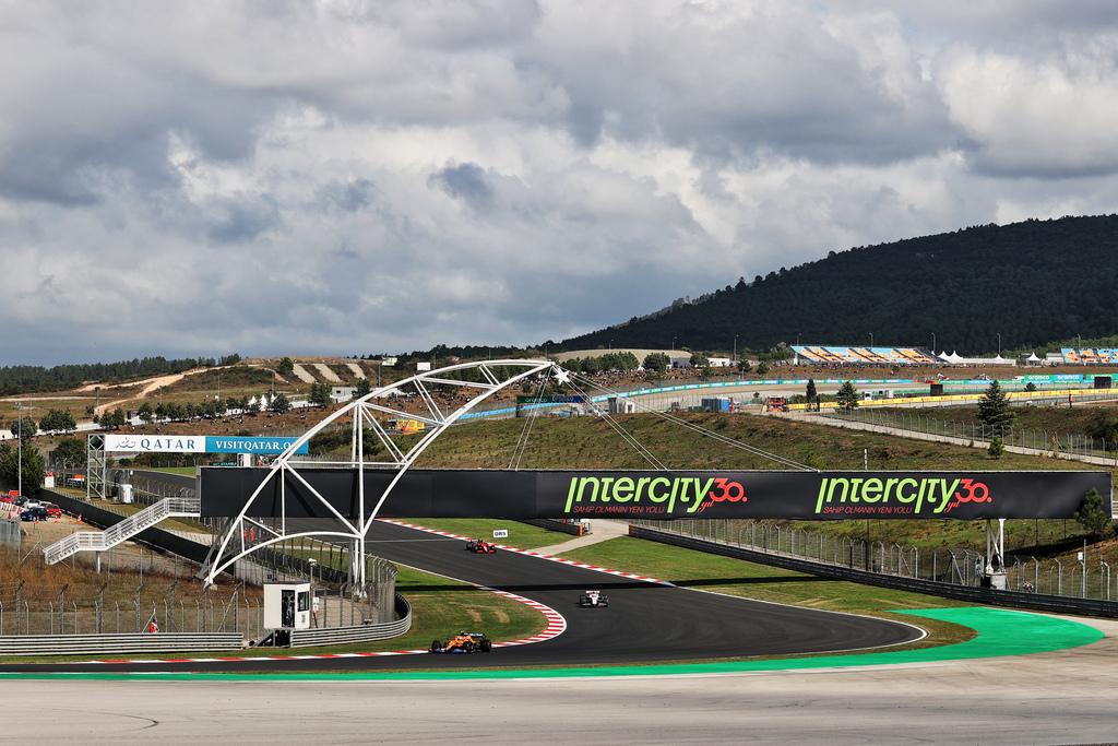 F1 | GP Turchia 2021: Prove Libere 2 in DIRETTA (live e foto)